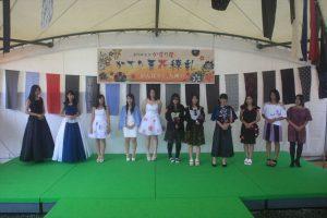 久留米絣ファッションショー(福島高校)